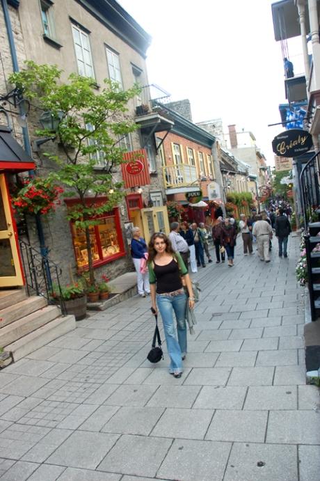 Pe stradutele portului din Quebec