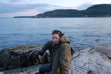 O Miorita Quebecoasa — Costi vegheaza la trecerea turmei de balene